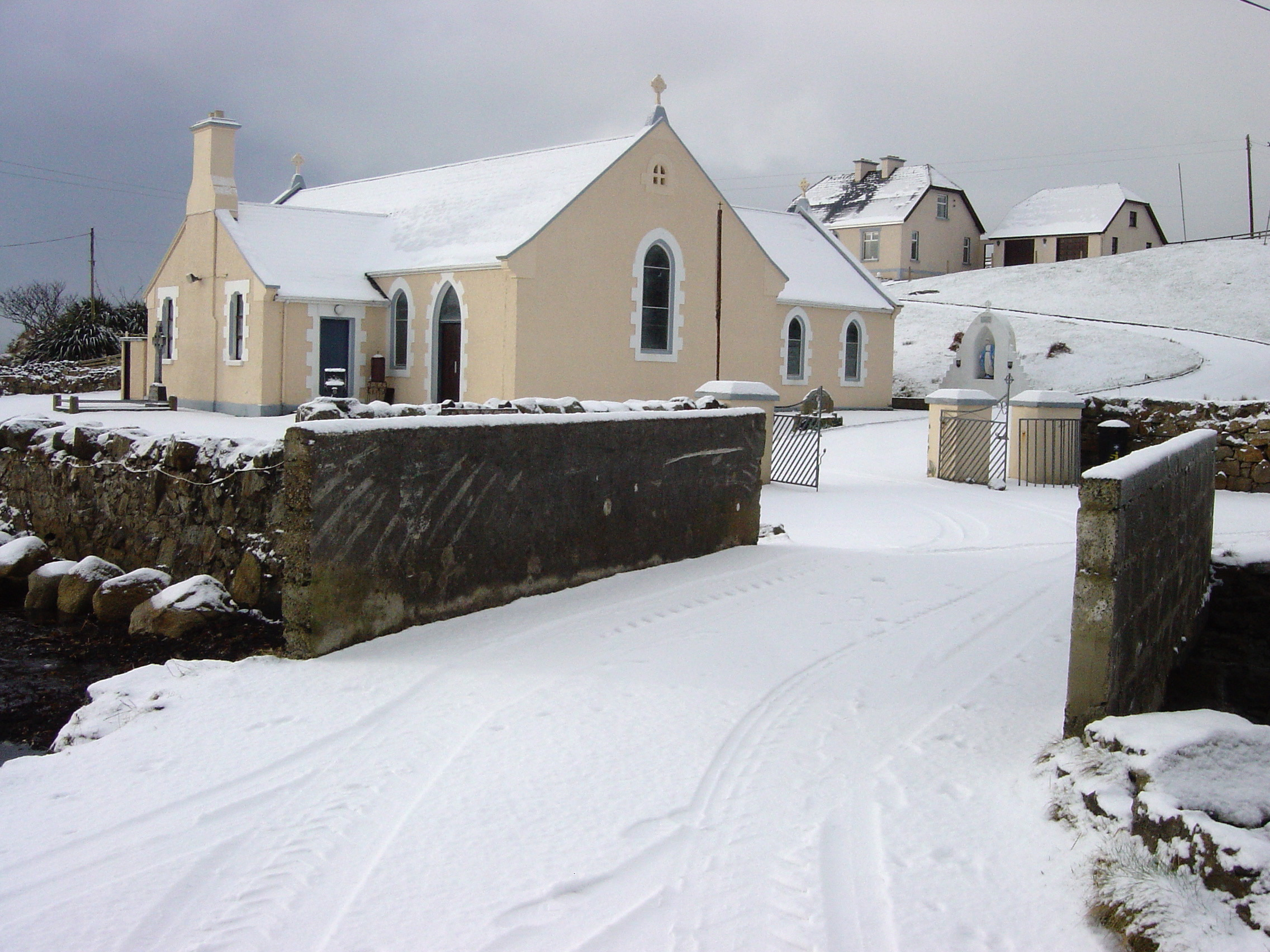 Saint Crone S Church Arainn Mhor Island
